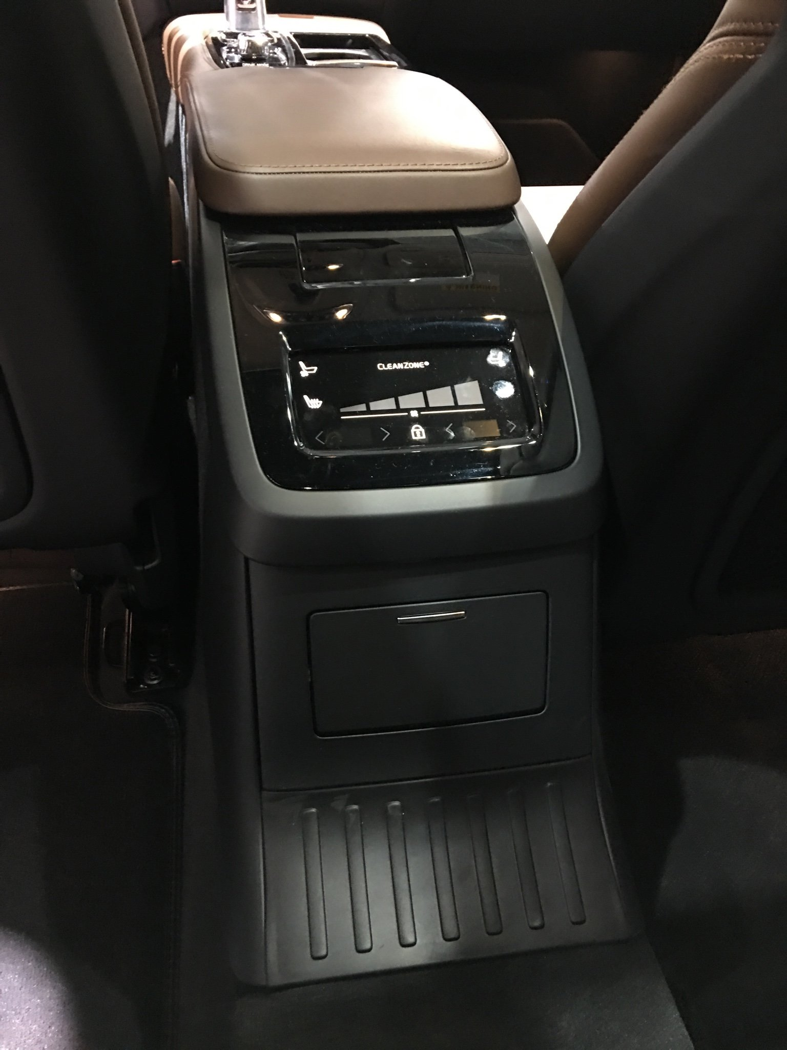 2018 volvo s90 interior. plain 2018 sent from my iphone using tapatalk for 2018 volvo s90 interior