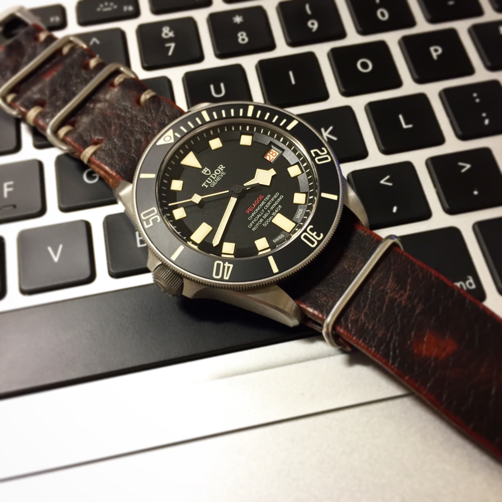 tudor pelagos lhd ref 25610tnl owner 39 s thread page 21. Black Bedroom Furniture Sets. Home Design Ideas