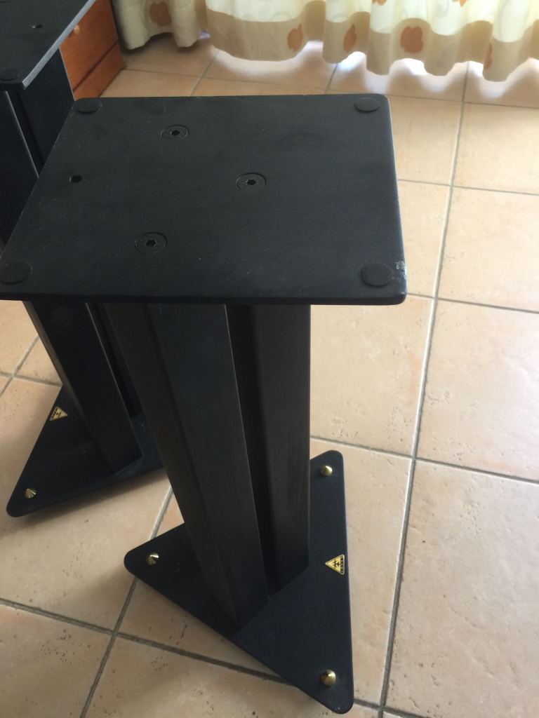 Bowers & Wilkins 685 S2 Series Speakers For Sale - Canuck ...