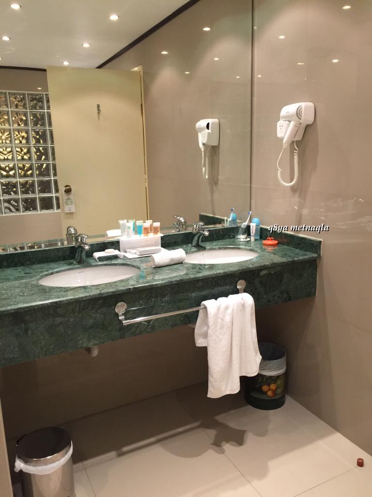 & hotel d6e4a889cbf55ad51451