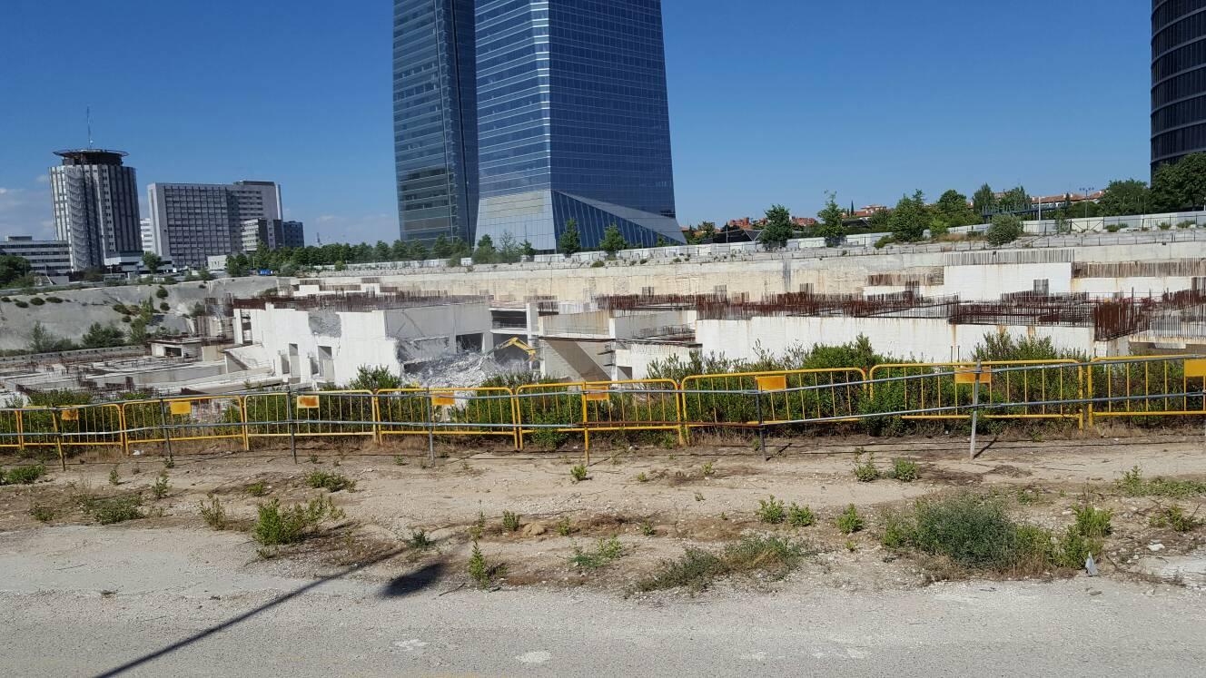 Madrid torre caleido ctba hospital centro comercial - Hospital de la paz como llegar ...