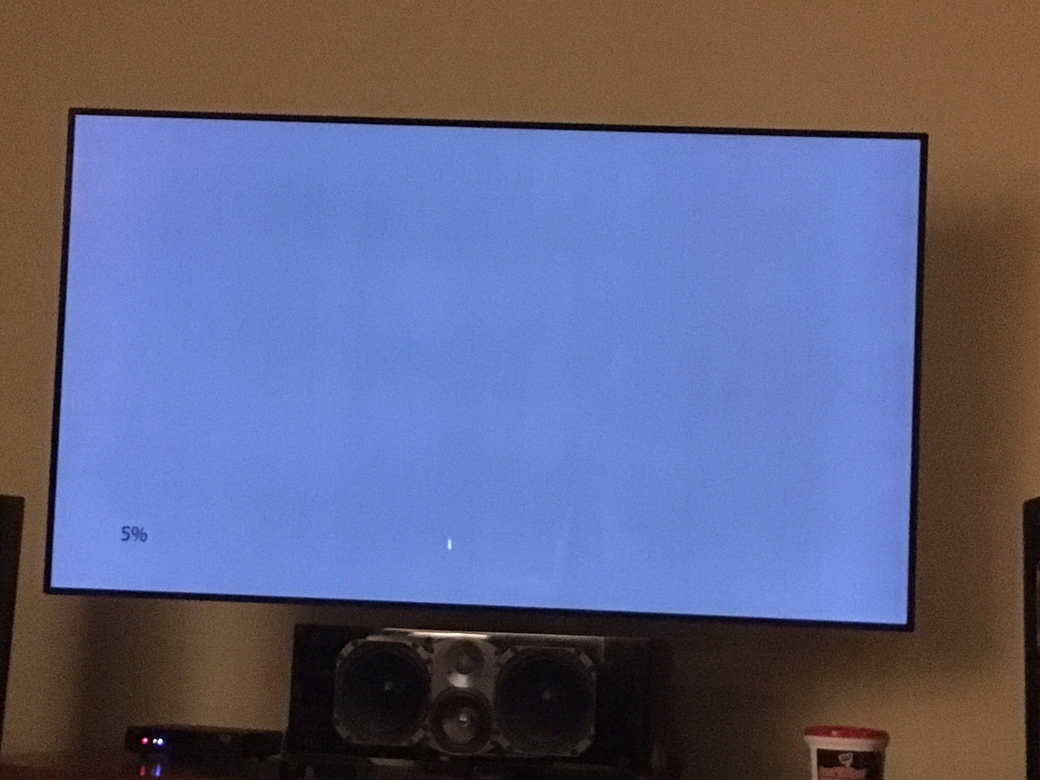 lg 75sj8570. got my c7 replaced yesterday due to banding on the first. this one is very uniform. lg 75sj8570