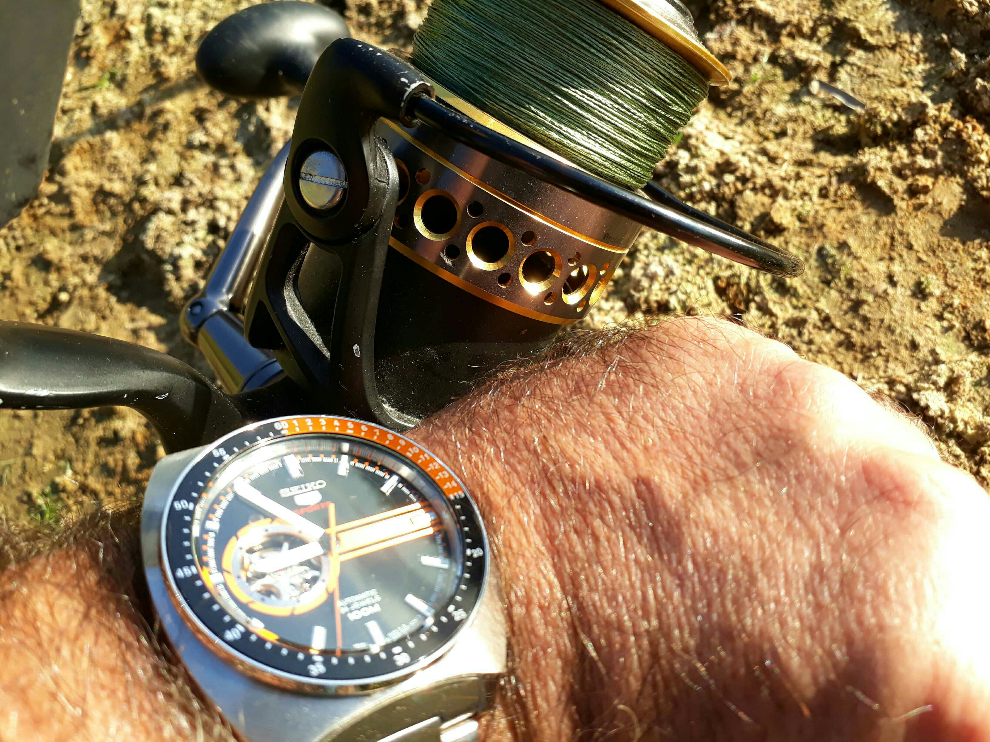 automatic service img watches fishing guy sekonda calibre watch