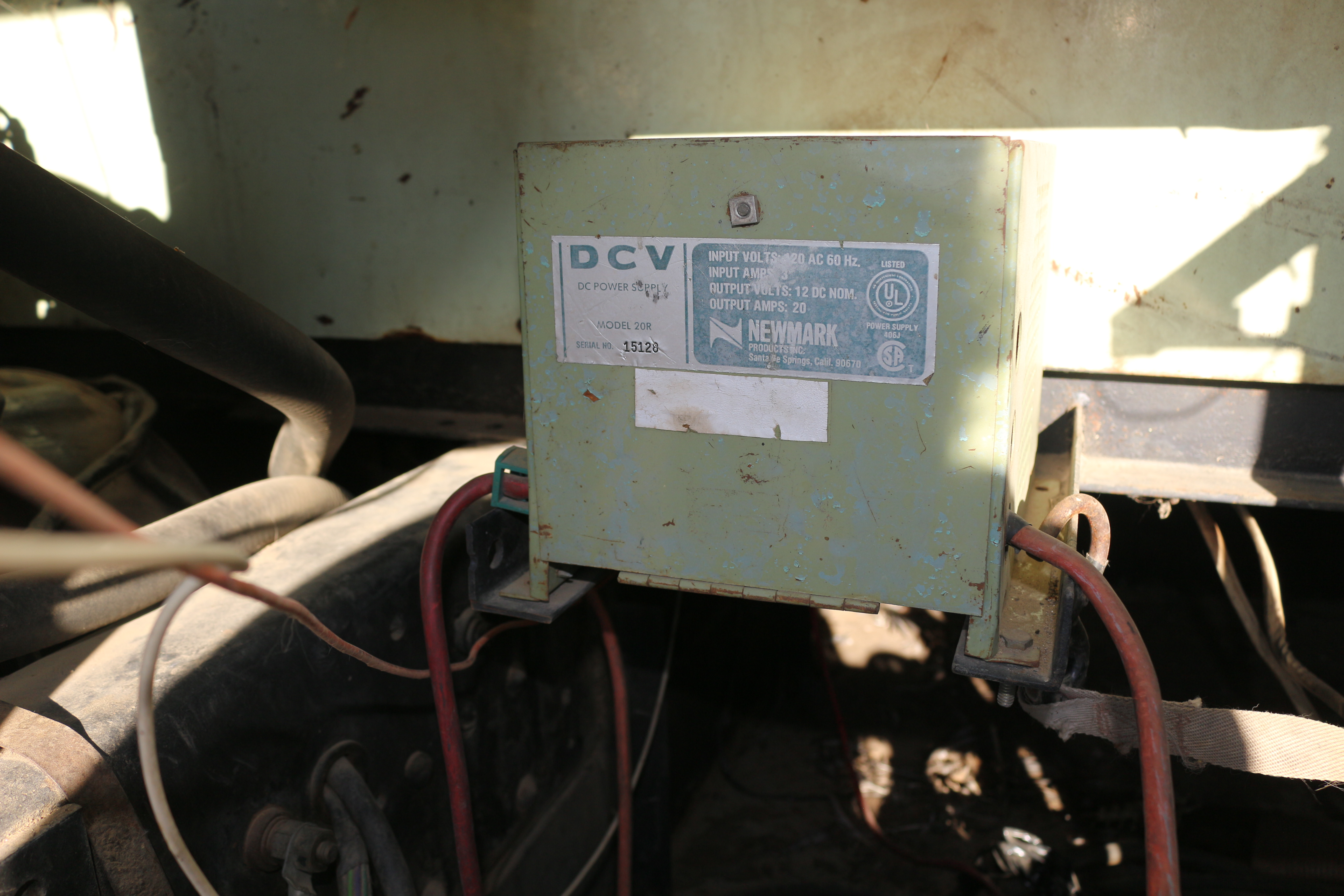 Newbie Battery Generator Converter Question School Bus Conversion An Electrical Circuit Also Requires A Power Source Sent From My Lgmp260 Using Tapatalk