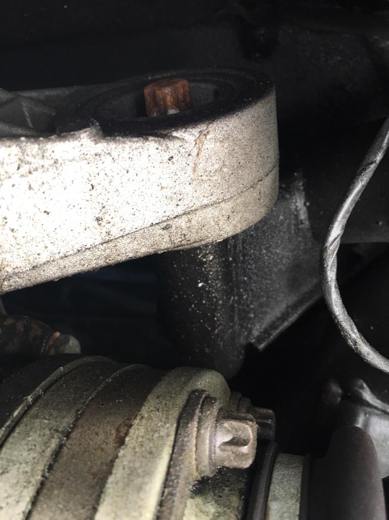 Rear axle leak? - BMW M3 Forum com (E30 M3 | E36 M3 | E46 M3
