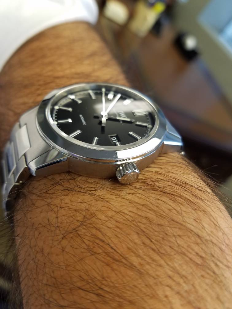iwc ingenieur 40mm automatic iw357002 review 2017 model. Black Bedroom Furniture Sets. Home Design Ideas