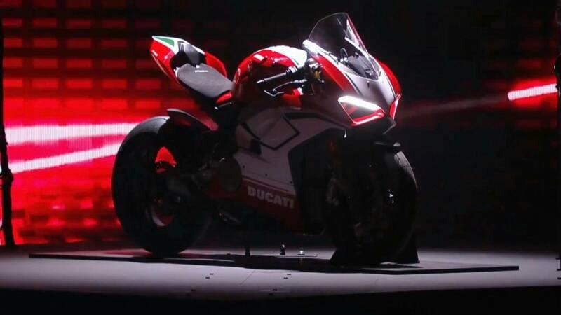 99876b46cafcb256aea08194360c12f6 - Ducati Premiere 2018