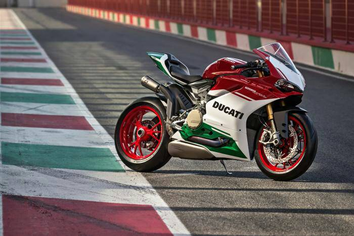 ccd8994bad8054d81371bb6d6975f211 - Ducati Panigale Final Edition
