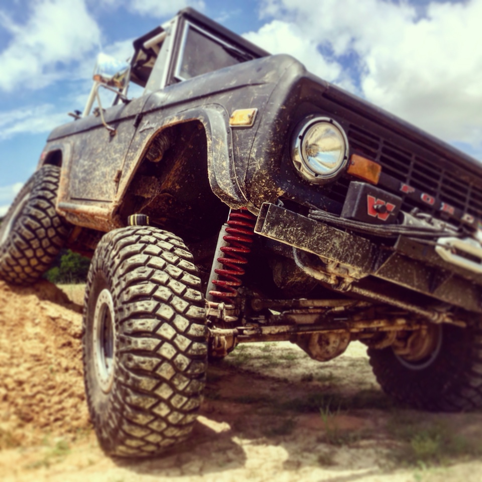 FiTech tuning for trails and rock crawling  - ClassicBroncos
