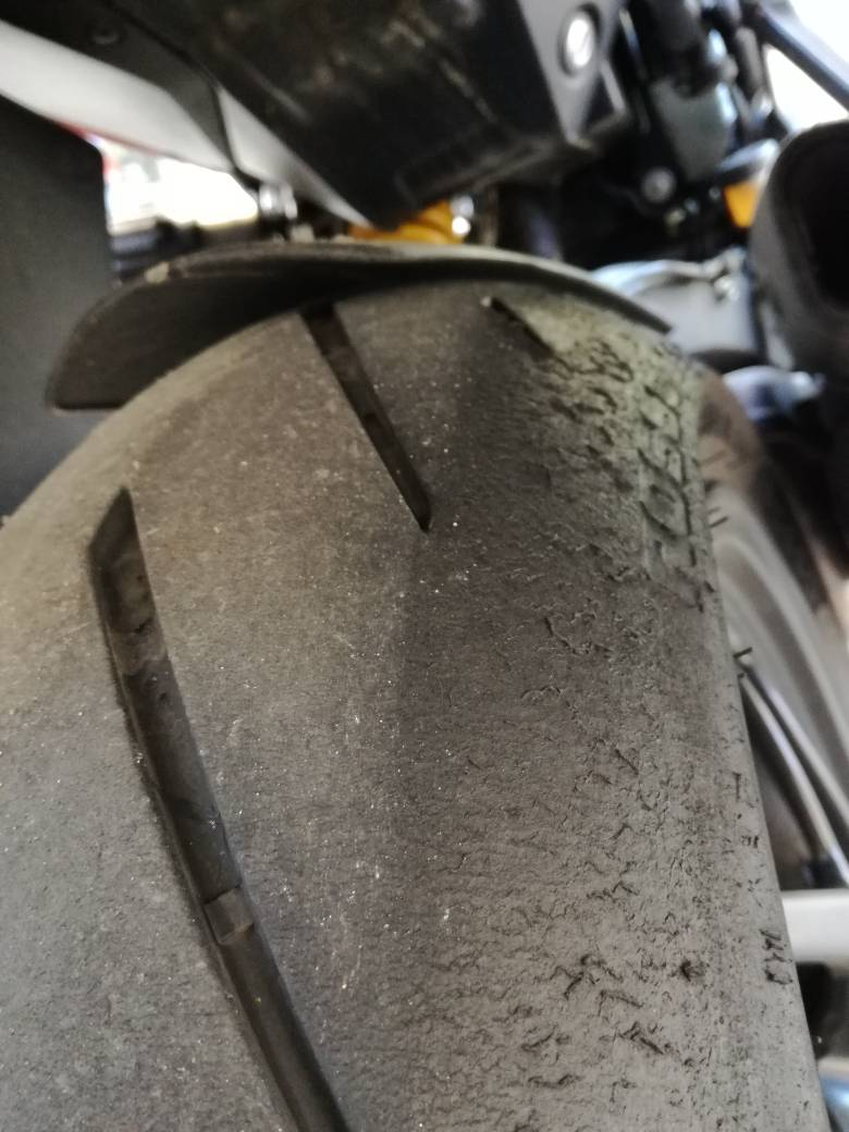 acd818b30c59fb0df57f23521e05baac - Pirelli Diablo Rosso Corsa II
