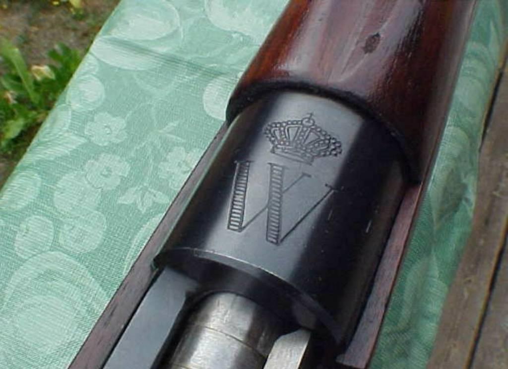 Dutch FN-48 Queen Wilhelmina All Matching - Surplus Rifle