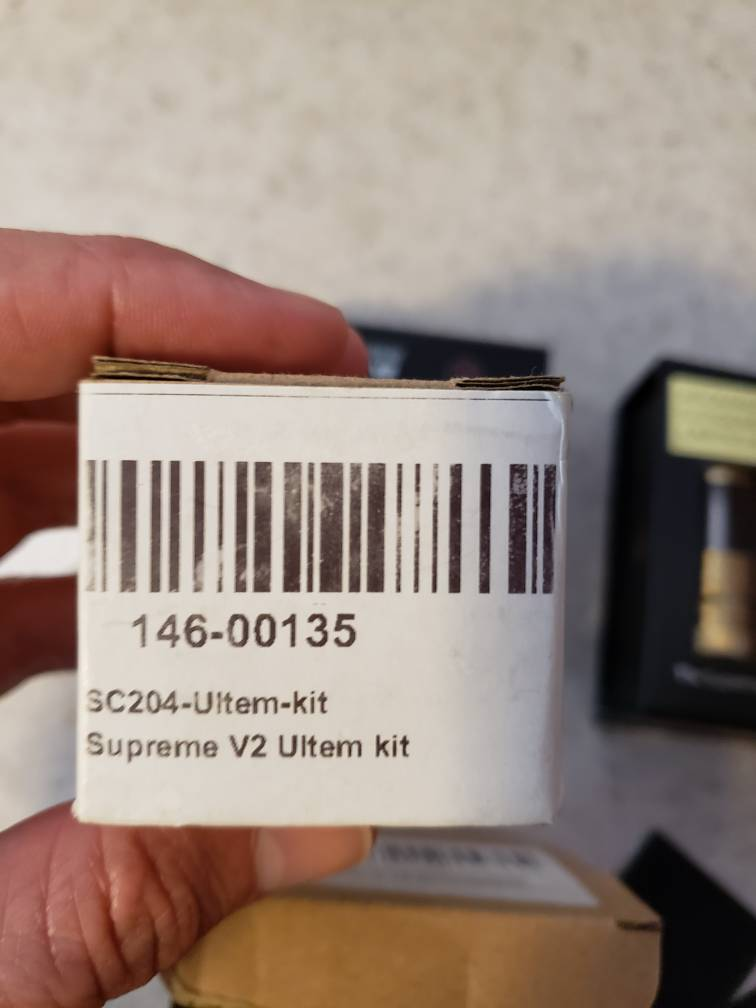 WTT or WTS Aromamizer supreme Limited (gold) and Aromamizer supreme