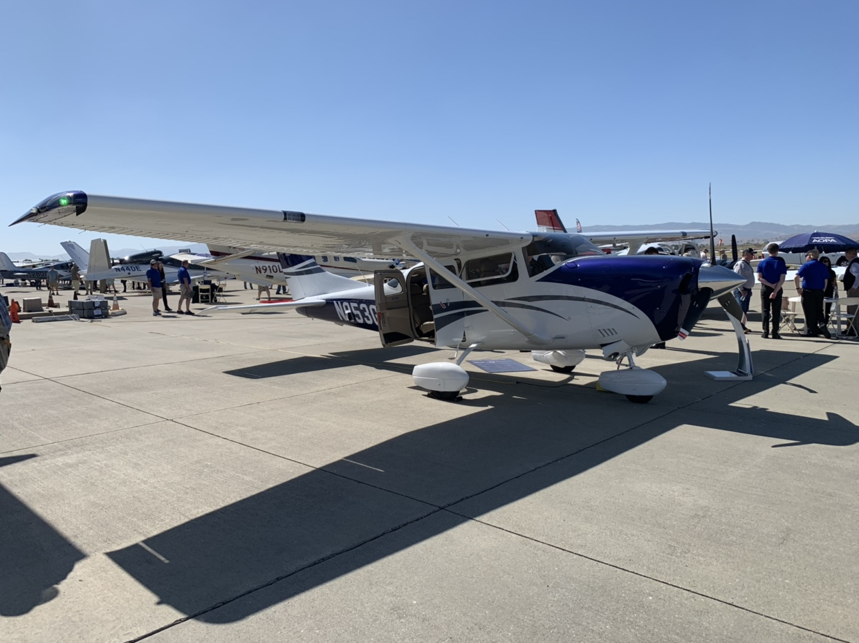 2019 AOPA Fly In & STOL demonstration - Livermore, CA