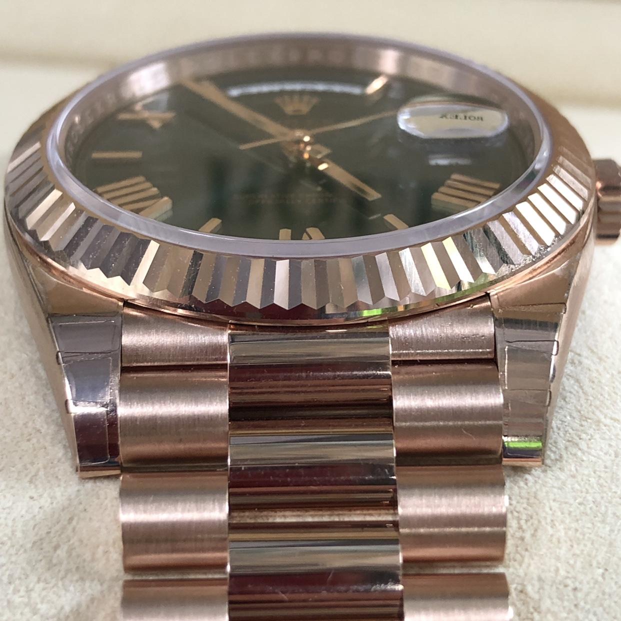FS! Rolex 228235 18k Rose Gold Day Date 40 BNIB FULL SET