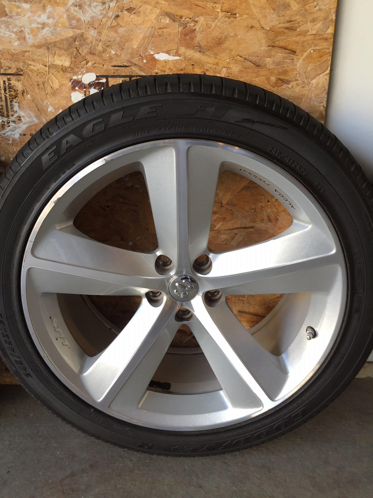 for sale barn car factory wheels n tires dodge challenger 2010 factory. Black Bedroom Furniture Sets. Home Design Ideas
