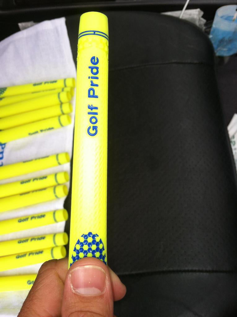 golf pride neon green grips