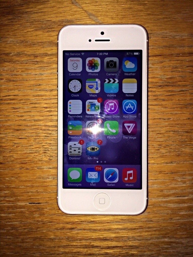 WTS ATT IPhone 5 32 GB White Silver Great Condition