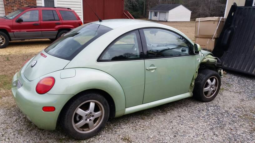 Car Rear Ended Another So Front End Is Dammaged Listing For A Friend 450 Obo You Pick Up Located In Mechanicsville VA