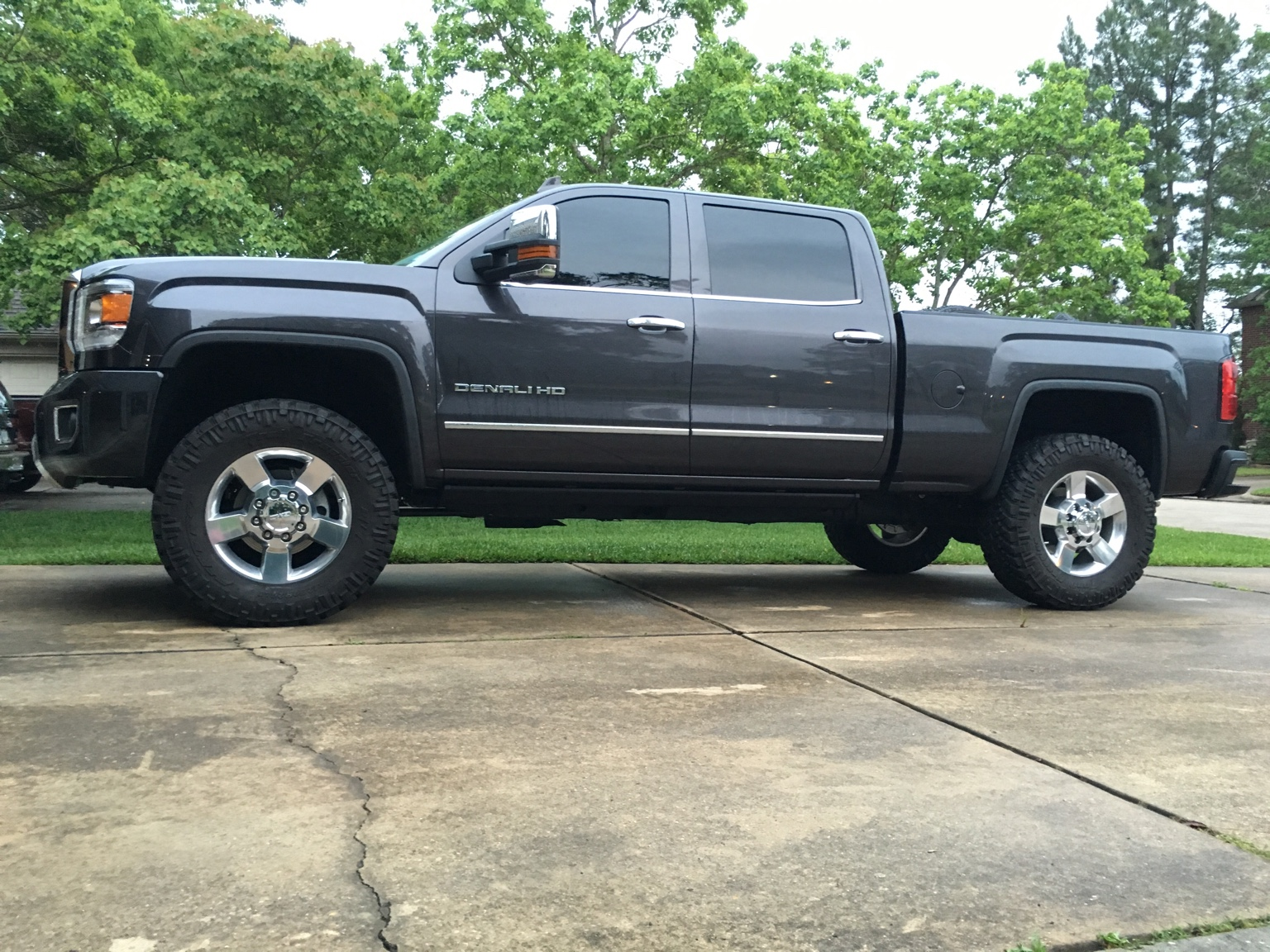 Leveled Lml On Stock 20 S W Mud Tires I Need Pics And