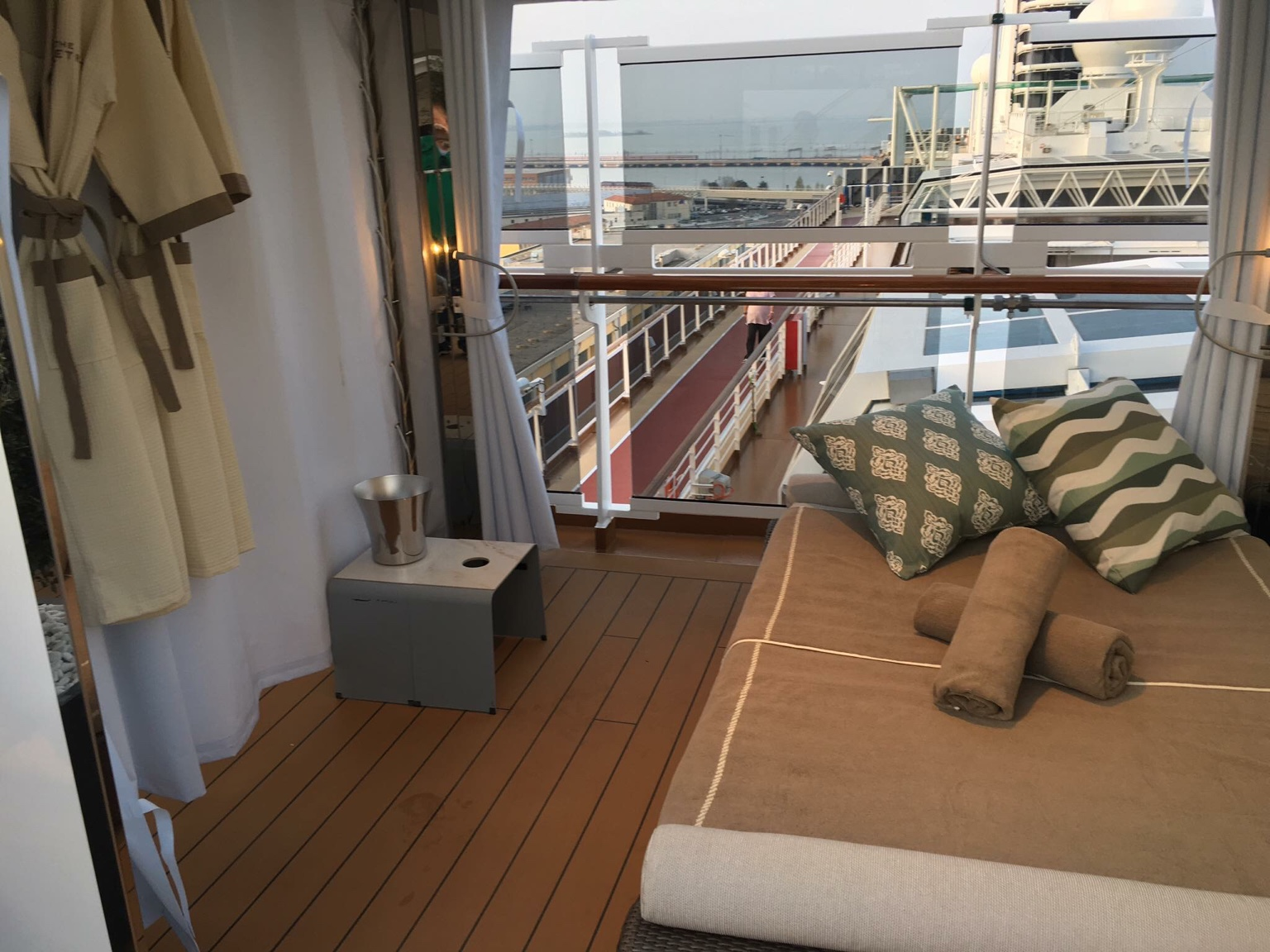 Koningsdam Retreat Cabanas Cruise Critic Message Board Forums