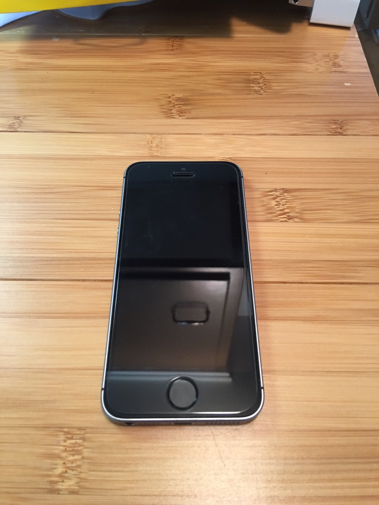 Iphone Se Gb Brand New