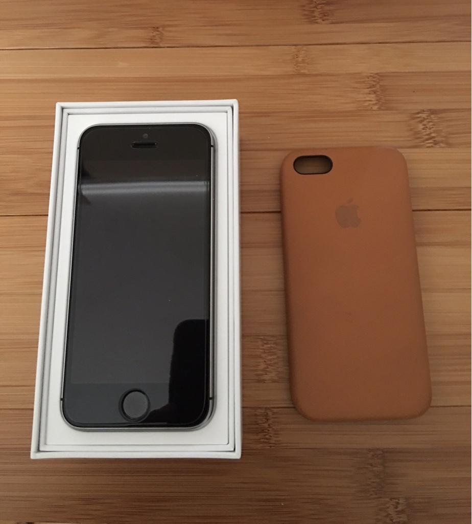 Iphone Se Unlocked Iphone