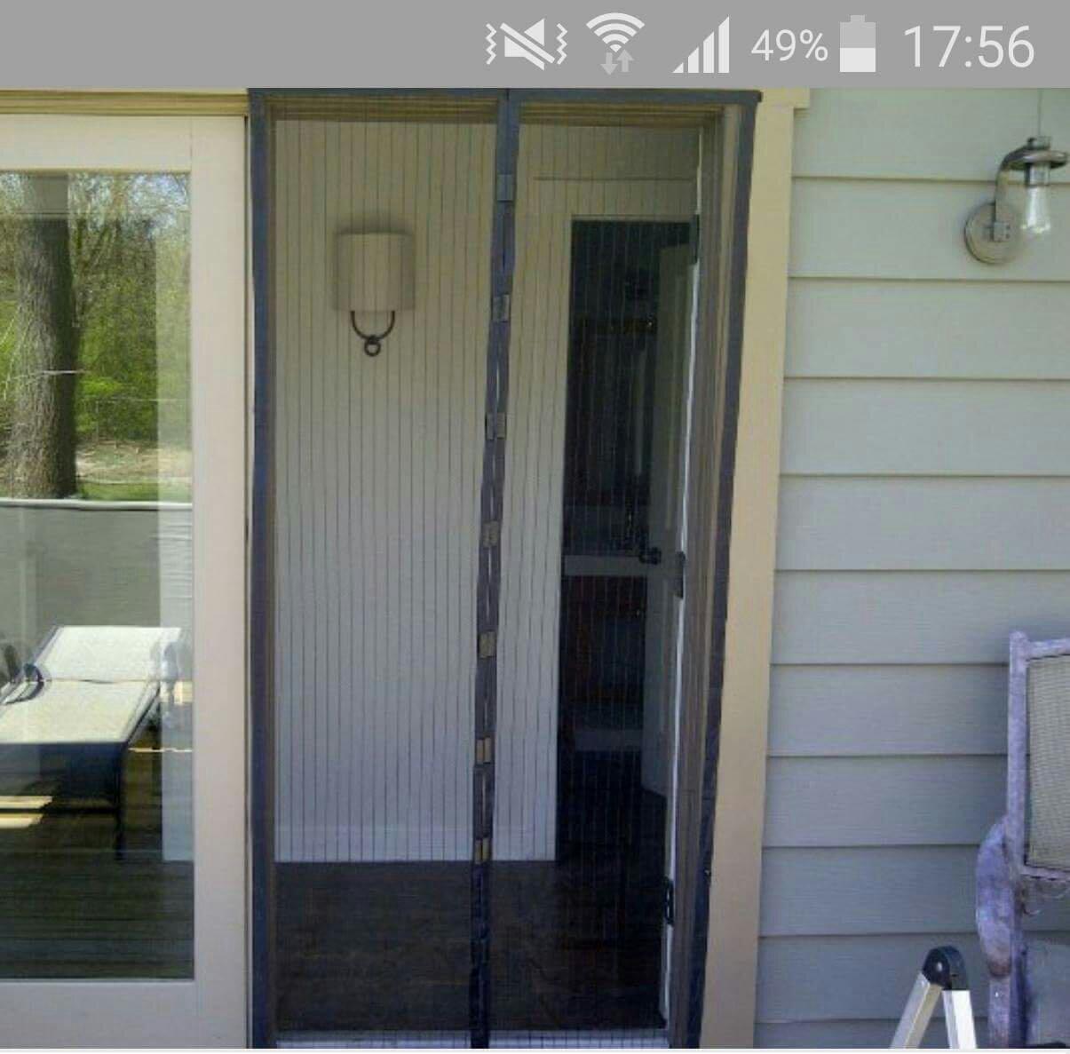 Магнитные шторы на двери от комаров: фото вариантов.