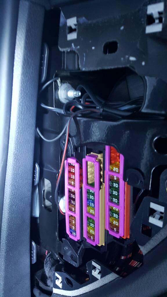 hardwire passport radar detector porsche macan forum rh macanforum com Porsche Cayenne Porsche Boxster