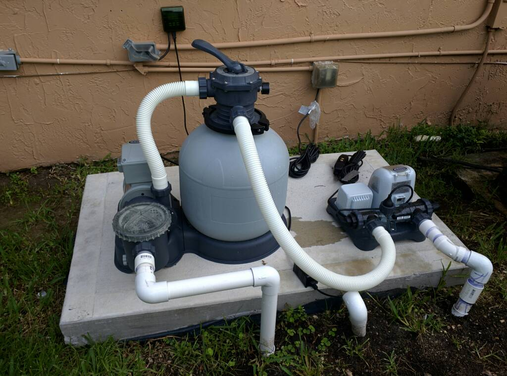 Saltwater system still need a pump - Salt water pumps for swimming pools ...