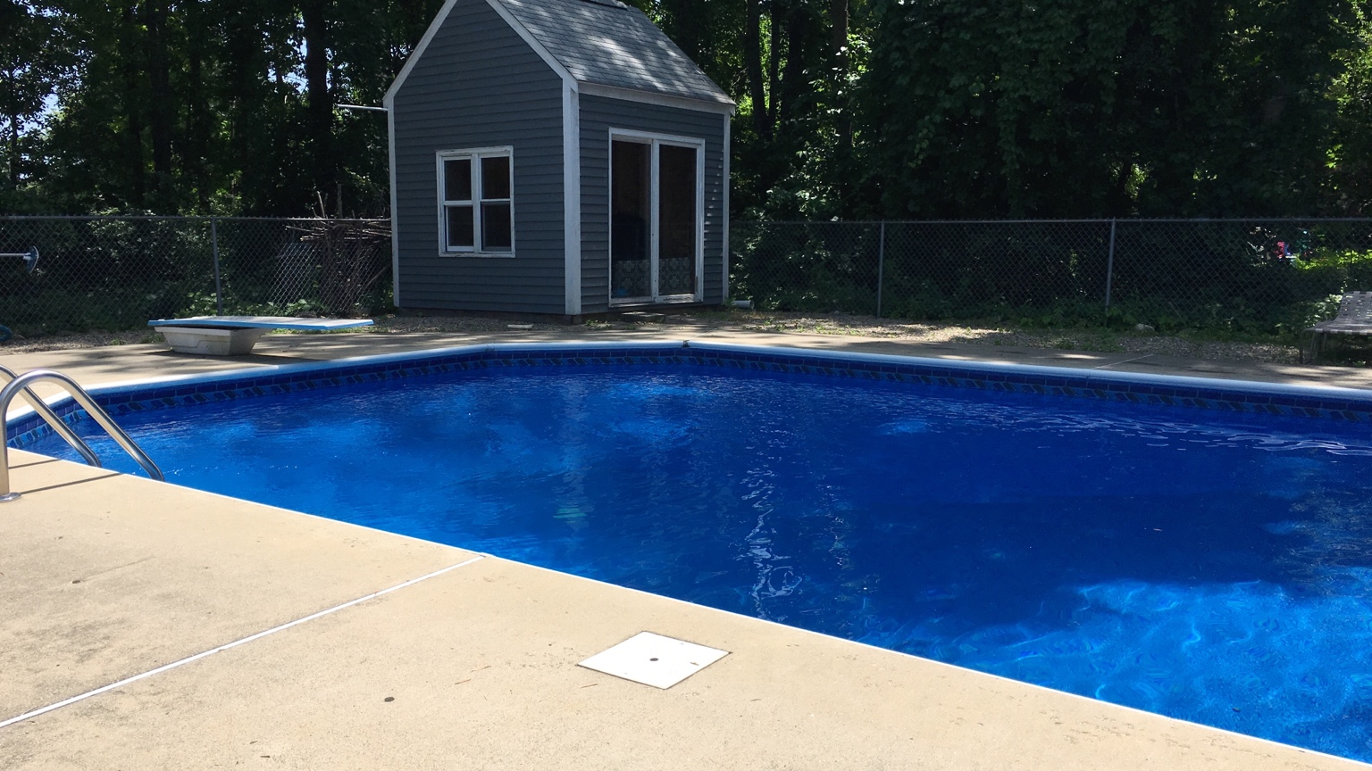 Looking for pictures of pools with darker liners for Inground pool liners