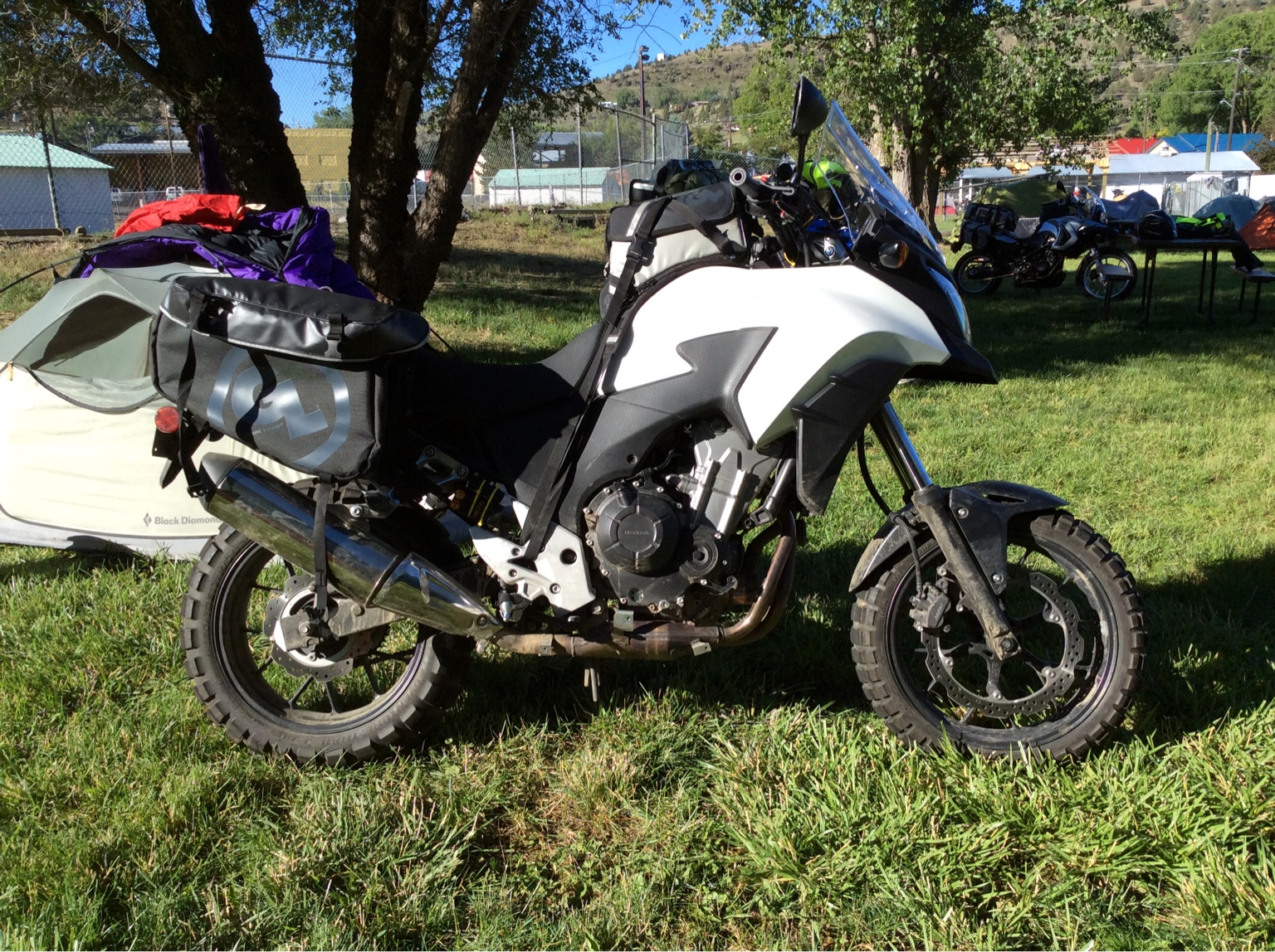 Siskiyou Panniers And Kiger Tank Bag On Rally Raid Honda CB500X Level 2 Build Upgraded Suspension W Stock Wheels With Side Luggage Racks