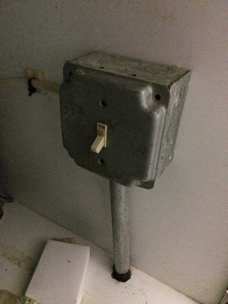 Change Electrical Switch Under Sink To Outlet Combo Is It Possible Diy Chatroom Home Improvement Forum This Image Has Been Resized Click Bar View The Full