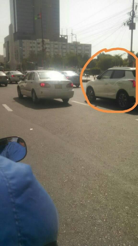 Can anyone identify this vehicle - de8ac0c4cb83afa53b34f18e9f42656a