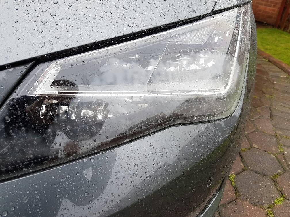 Slight Condensation In Headlights Seatcupra Net Forums