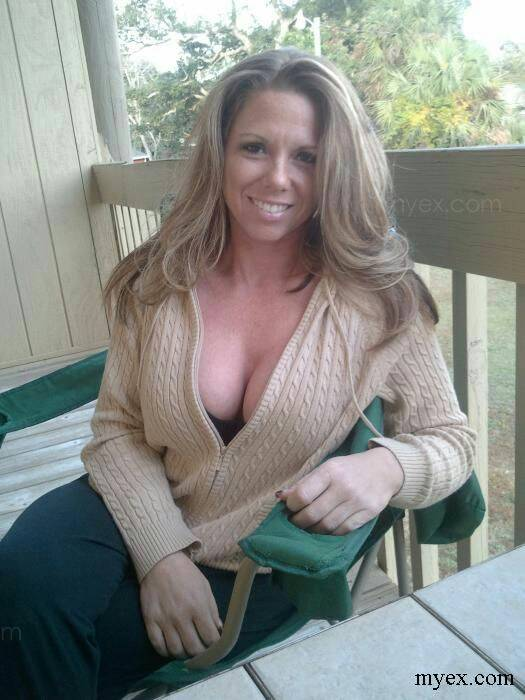 Busty Milfs With Sexy Cleavage