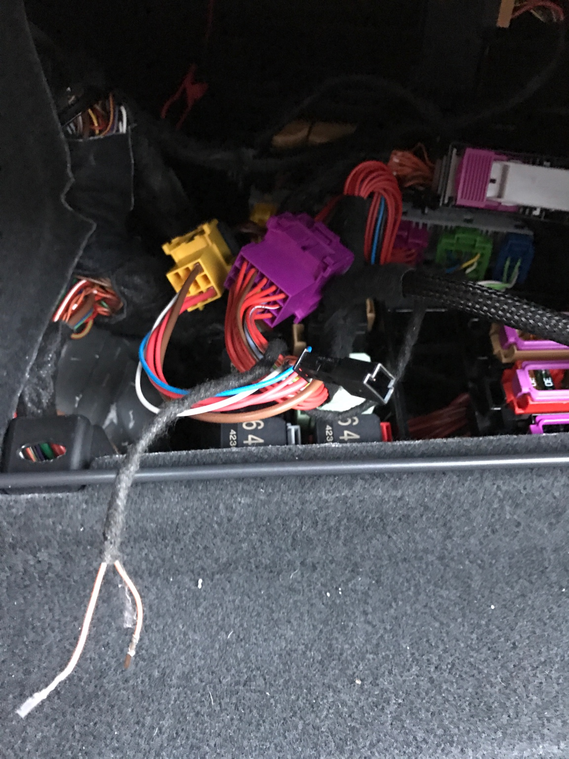 Cete Automotive  Active Sound  Active Suspension Control