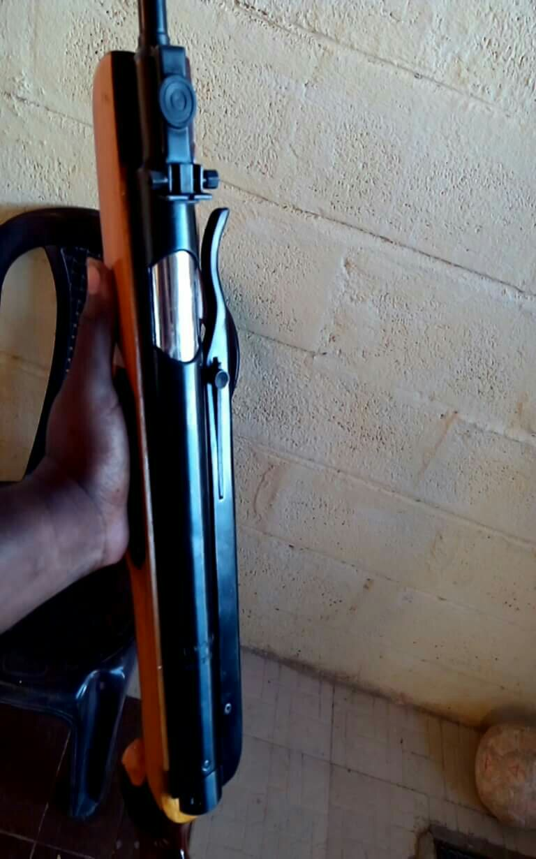 Tommy side lever AR with breech loading mechanism - Indians
