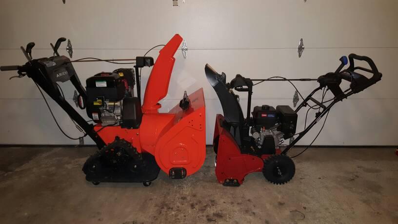 Ariens Hydro Pro Track 28 And Toro Snowmaster 824 Qxe Snowblower Forum