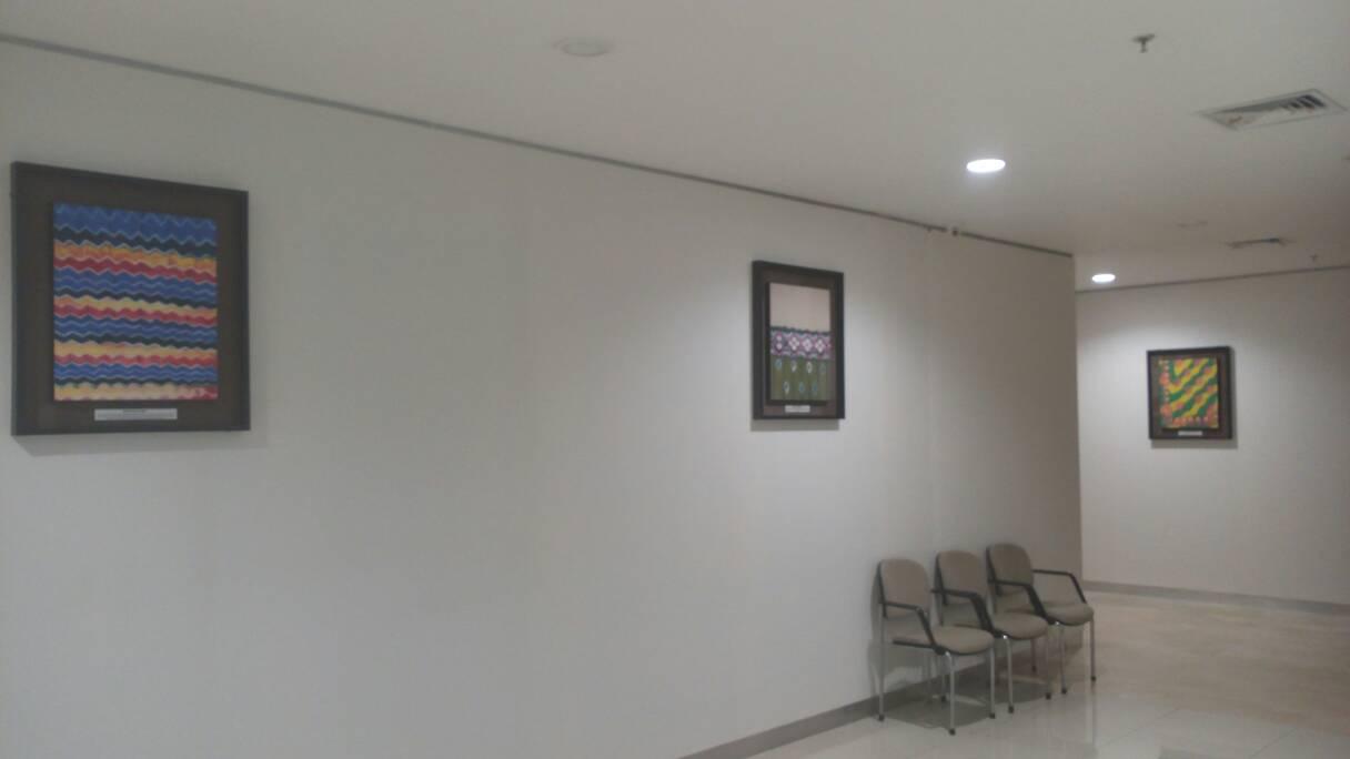 Banjarmasin Cityscape Tourism Culture Nature Culinary Etc Kain Kalsel Bank Indonesia Ditiap Lantai Menjadikan Dinding2nya Sebagai Display Layaknya Pameran Tentang Berbagai Macam Motif Dari Khas Sasirangan