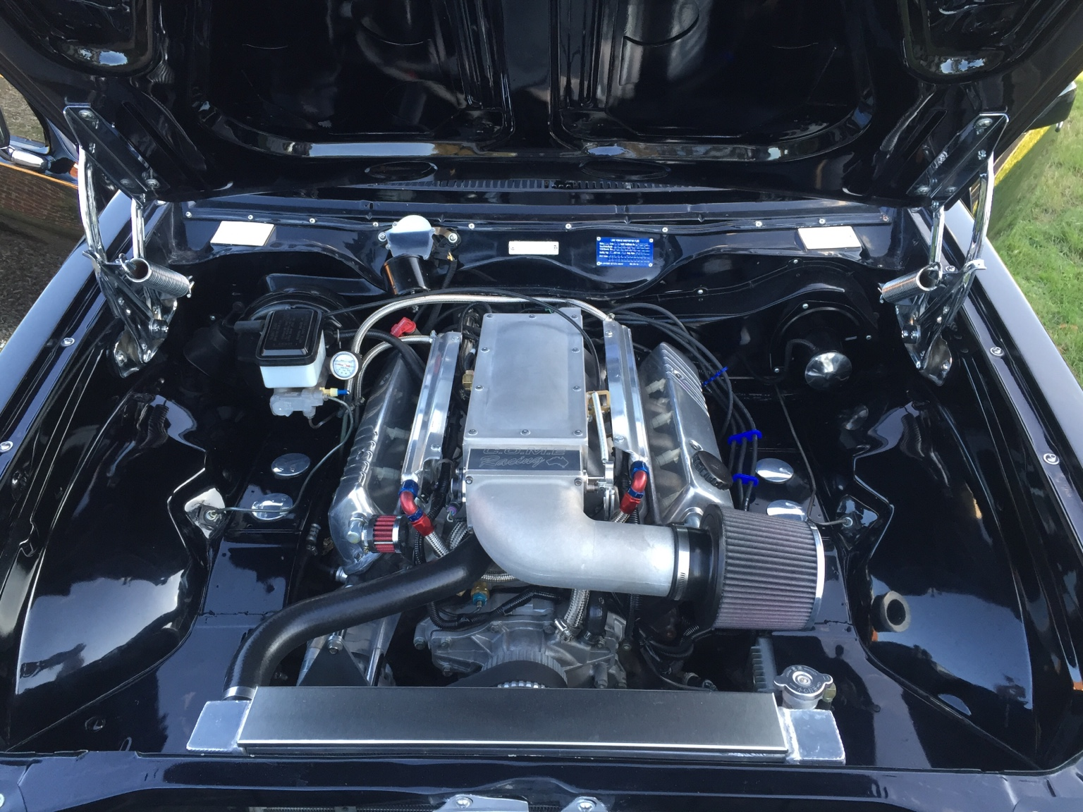 Installing An Injected 5 Litre - Engine