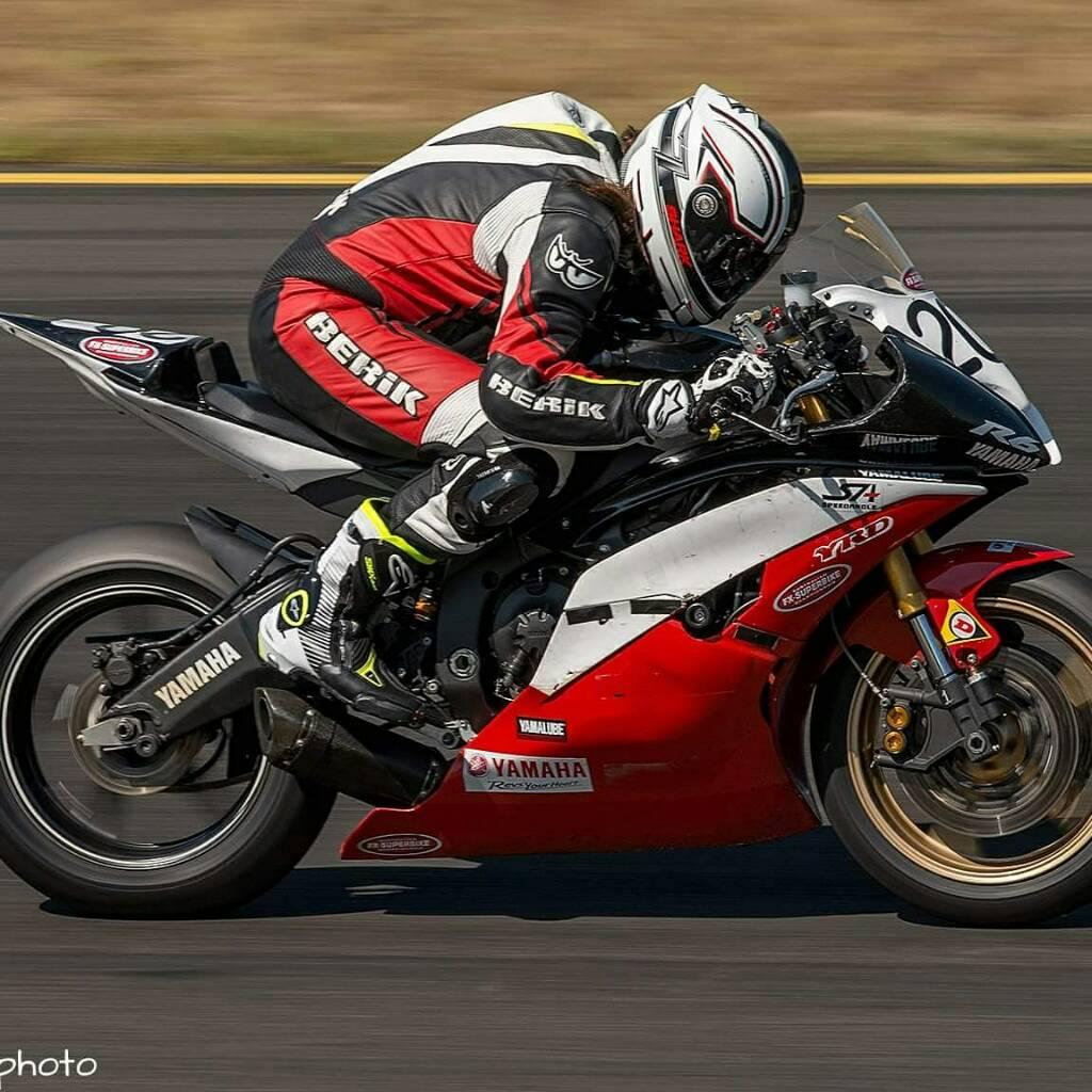 2014 yamaha yzf r6 race bike for Yamaha r6 2014