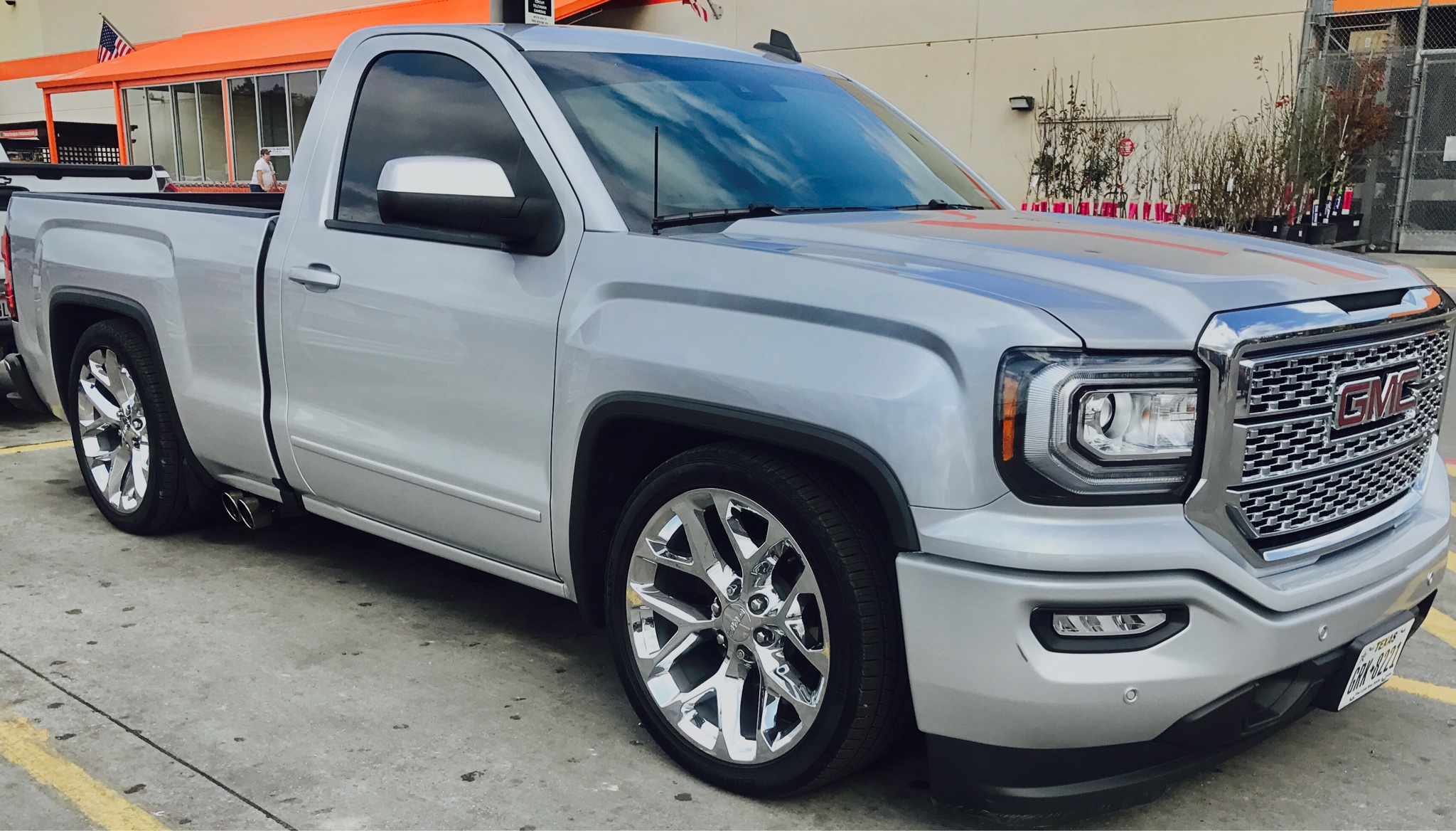 2016 Gmc Sierra 1500 Regular Cab >> Lowered guys what's your tire size!? - 2014-2018 Silverado & Sierra Mods - GM-Trucks.com