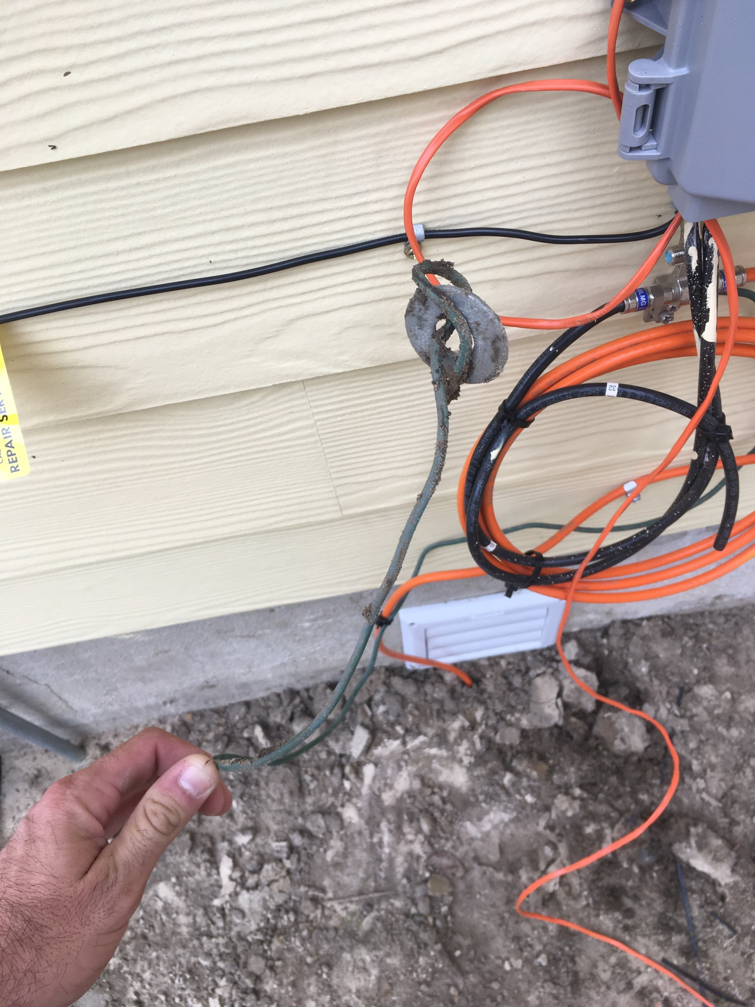 How S This For A Cable Ground