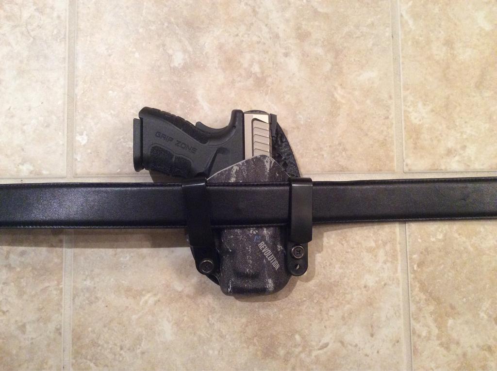 Stealth gear AIWB   adjustable cant?