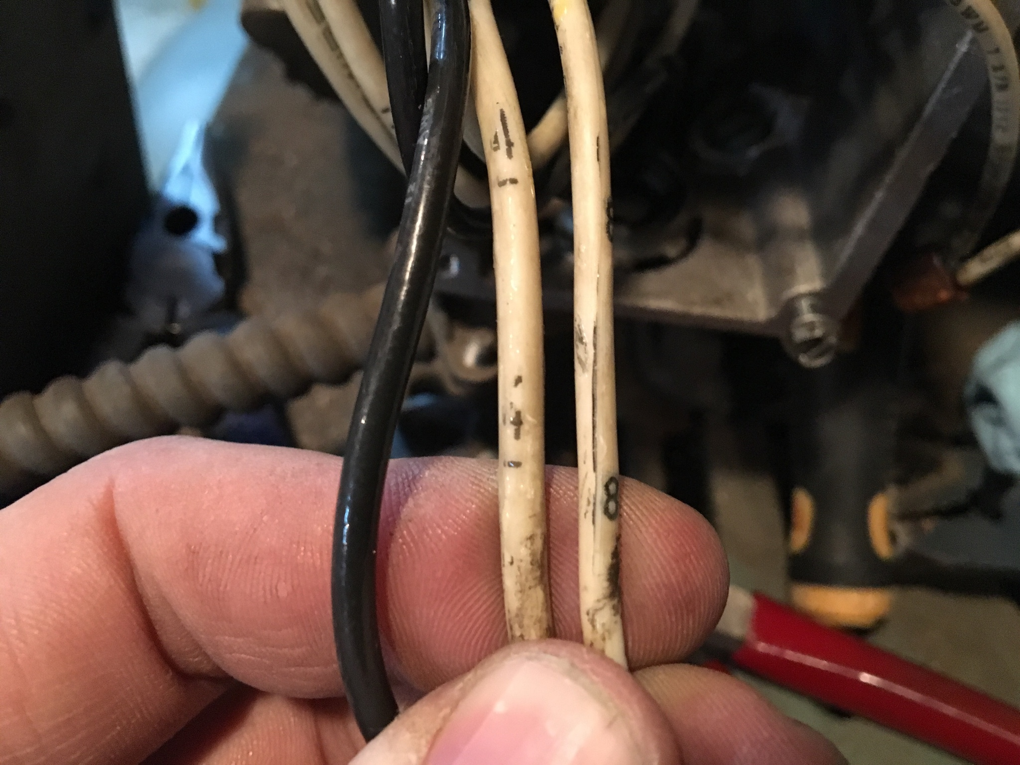 Suggestions For New To Me Saylor Beall The Garage Journal Board Wiring Diagram I Have No Idea Why Guy Would Been Messing With Wires Connected Motor When He Moved It But They Had Electrical Tape That Was Fairly