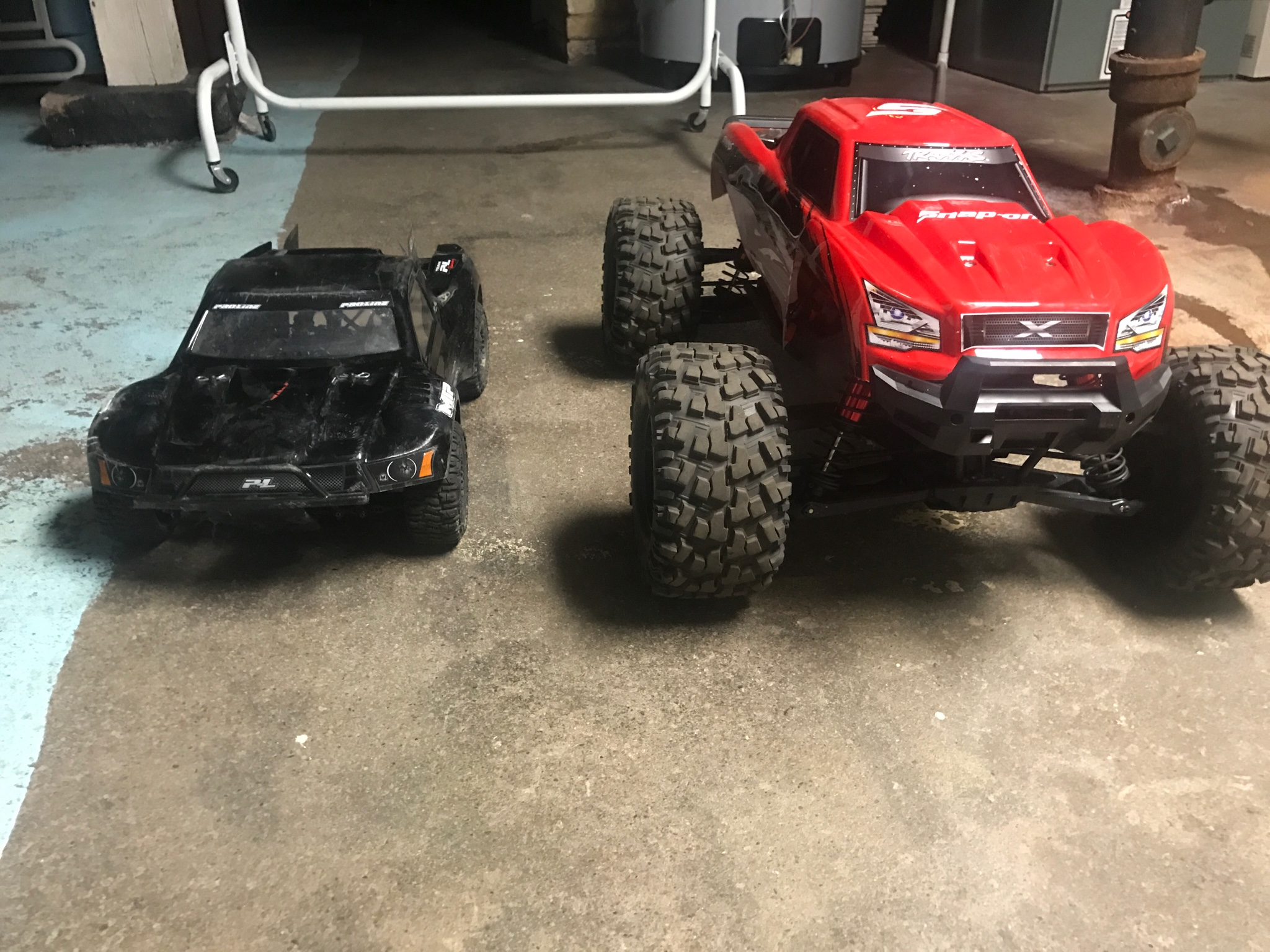 here s mine next to my slash i still can t over how much fun it is i m waiting to the 4s batteries though i want to have some fun with it
