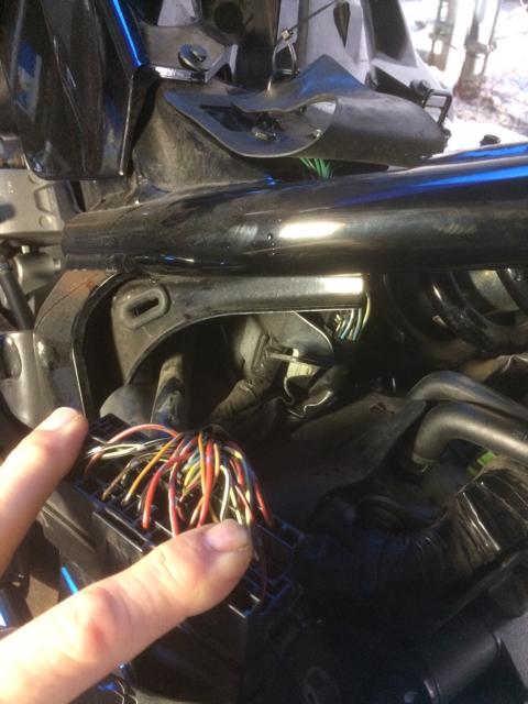Removing ECU - Honda Stateline Forum VT1300CR - VT Cafe - Forum for