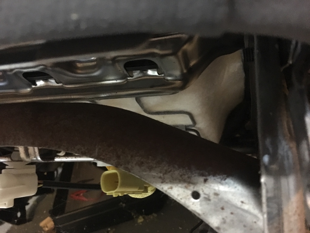 Rust on seat frame [Archive] - MX-5 Miata Forum
