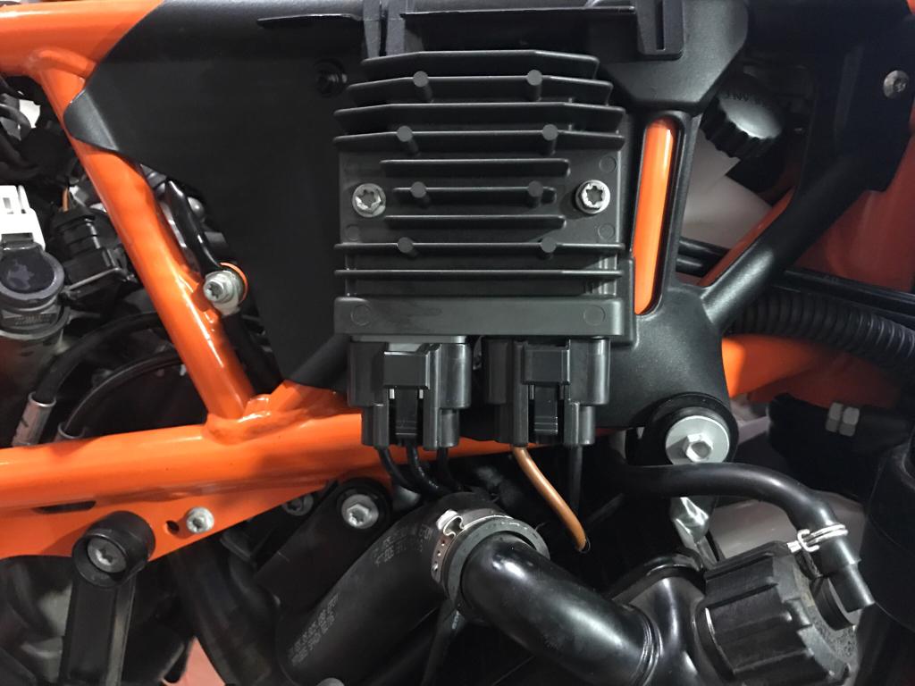690 Enduro R -MOSFET R/R Upgrade & Installation!   Adventure