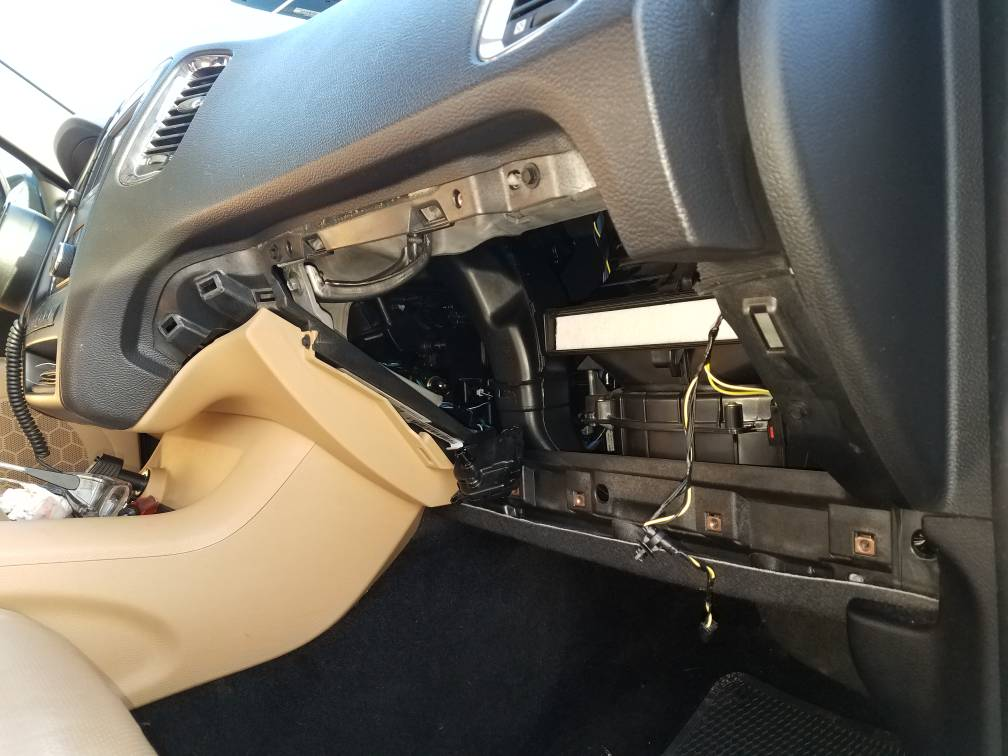 Blend Door Actuator Replacementrhdodgedurango: 2004 Dodge Dakota Blend Door Actuator Location At Gmaili.net